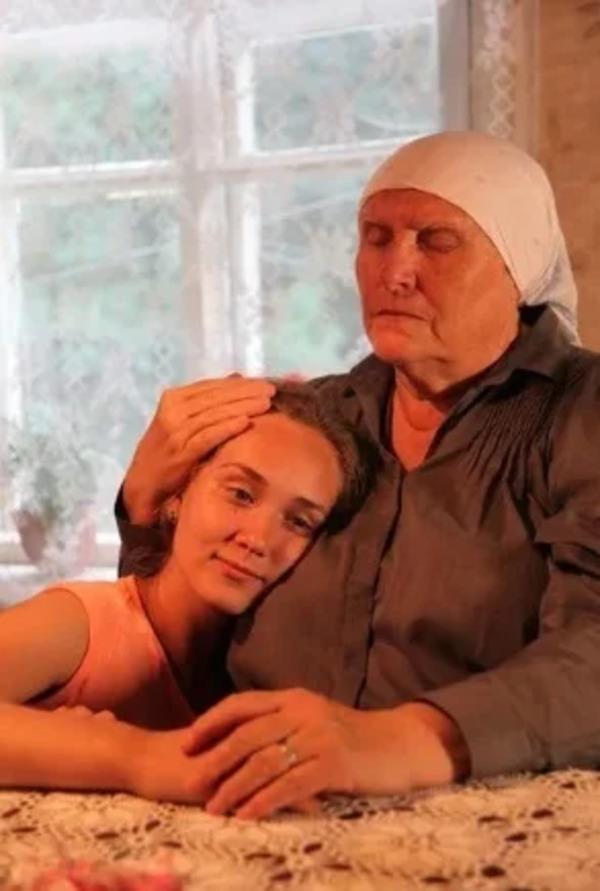 баба нина и внучка аня