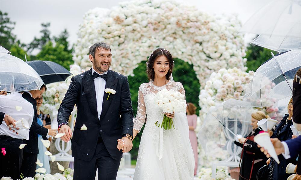 10 известных примет о выборе свадебного платья для венчания и бракосочетания
